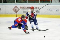 15-01-2020: IJshockey: Unis Flyers v Nijmegen Devils: EindhovenFinal Icehockey cup L-R Trevor Petersen, Unis Flyers and Oliver Pataky, Nijmegen Devils
