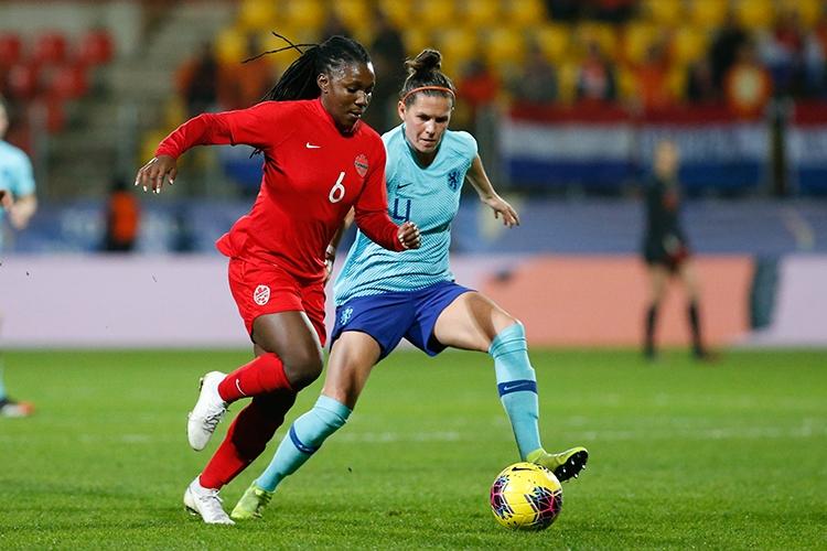 07-03-2020: Voetbal: Vrouwen Nederland v Canada: CalaisL+R Dean Rose of Canada and Merel van Dongen of The Netherlands