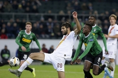 07-11-2019: Voetbal: Borussia Monchengladbach v AS Roma: MonchengladbachUEFA Europe League1-1 from Federico Fazio of AS Roma