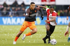 15-12-2019: Voetbal: Feyenoord v PSV: RotterdamEredivisie 2019-2020L-R Mohamed Ihattaren of PSV Eindhoven and Tyrell Malacia of Feyenoord